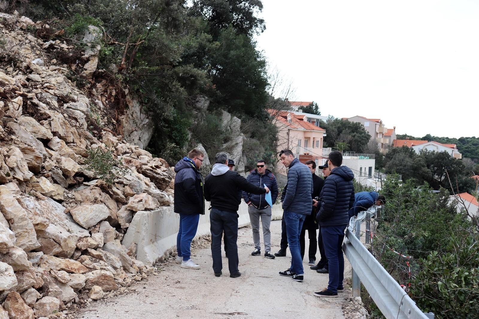 Investitoru u Štikovici naložena hitna sanacija potpornog zida i puta uz obustavu radova