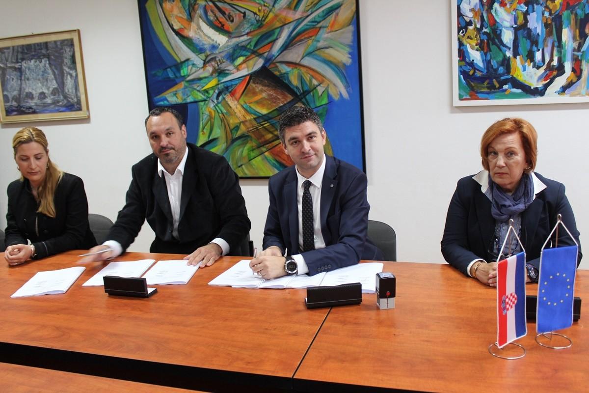 Potpisan ugovor za energetsku obnovu OŠ Marina Držića