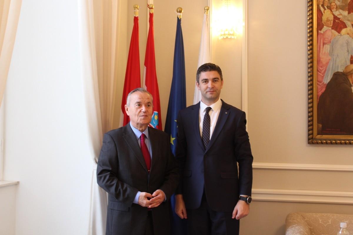 Veleposlanik Rumunjske na prijemu kod gradonačelnika