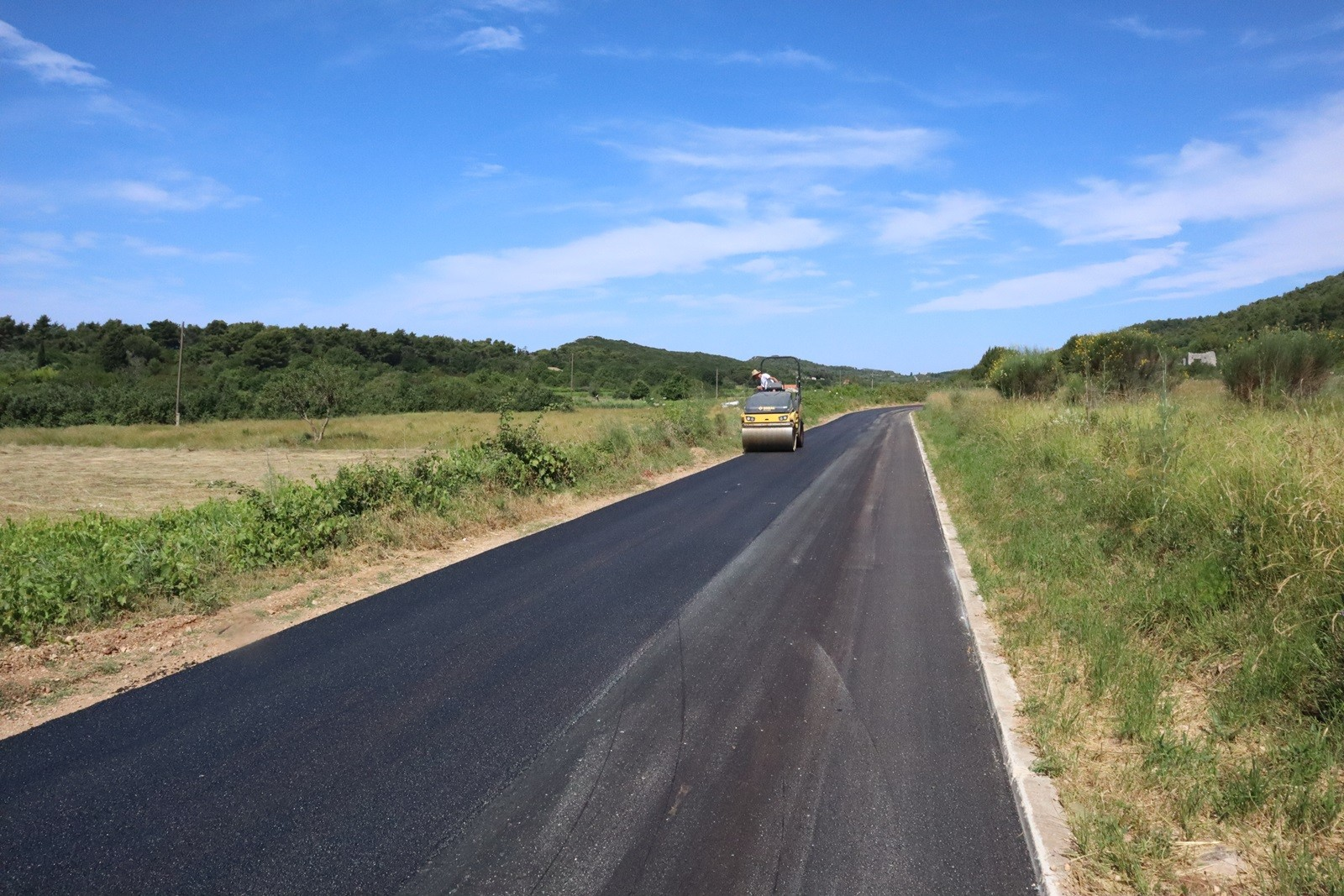 Uređena 2,5 kilometra duga cesta na Šipanu