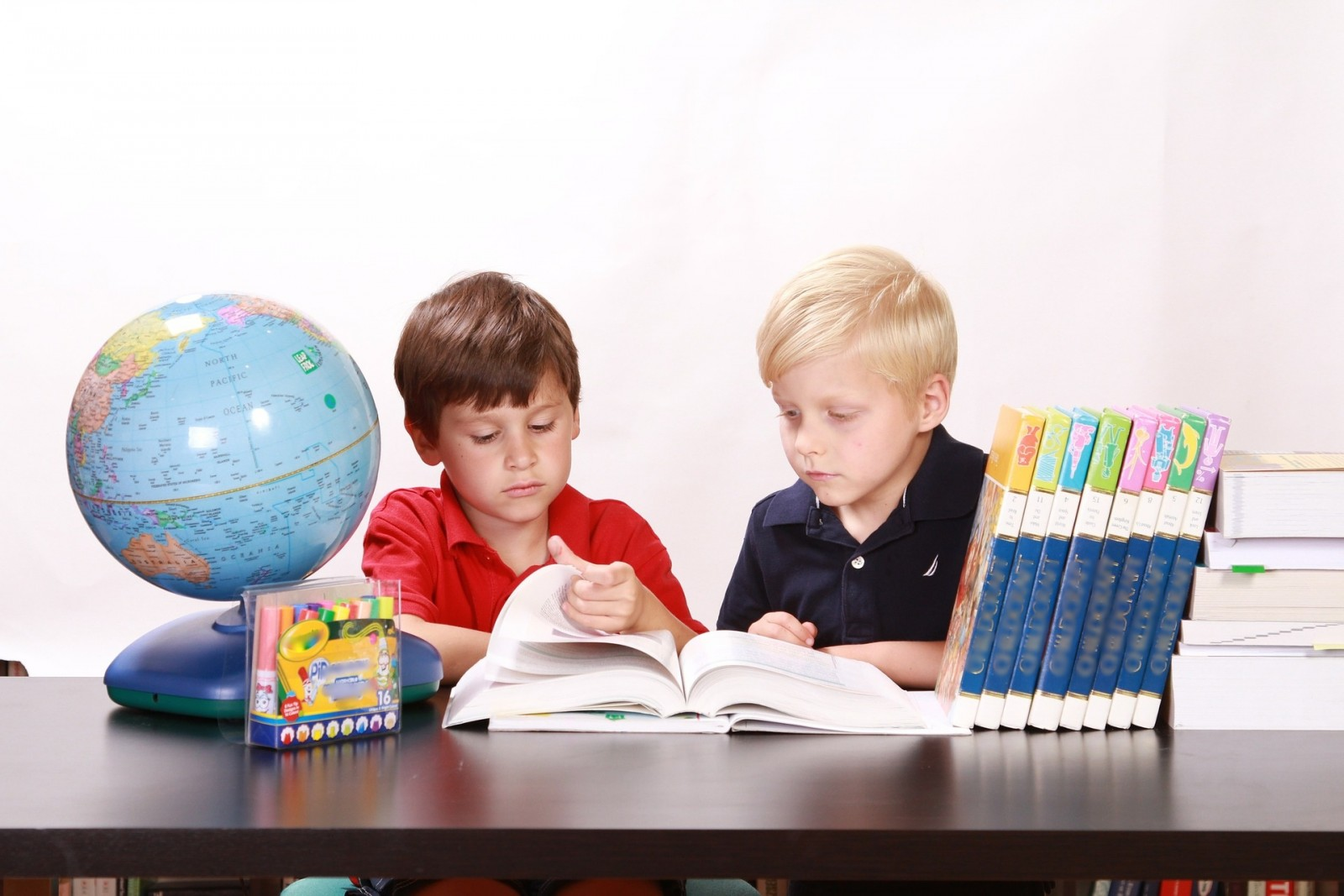 Grad nabavlja udžbenike za osnovnoškolce i sufinancira ih za srednjoškolce