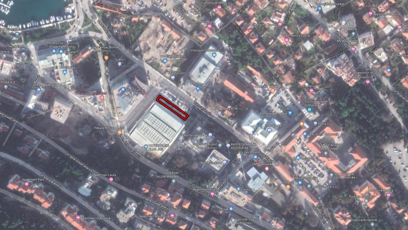 OBAVIJEST Zbog radova na ex-hotelu Stadion zatvara se dio parkirališta ispred bazena