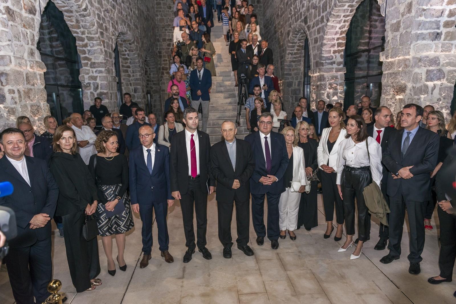 U Lazaretima otvorena izložba o stradanju i obnovi Dubrovnika