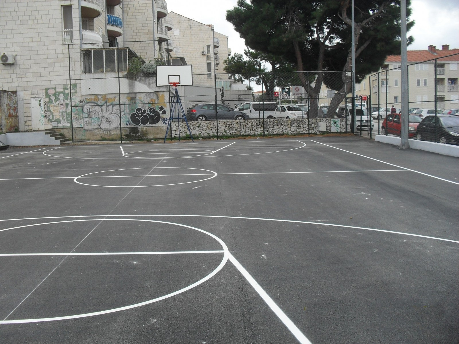 Obnovljeno sportsko igralište u SSG-u