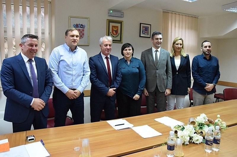 Potpisani ugovori za prvu fazu gradnje groblja Dubac
