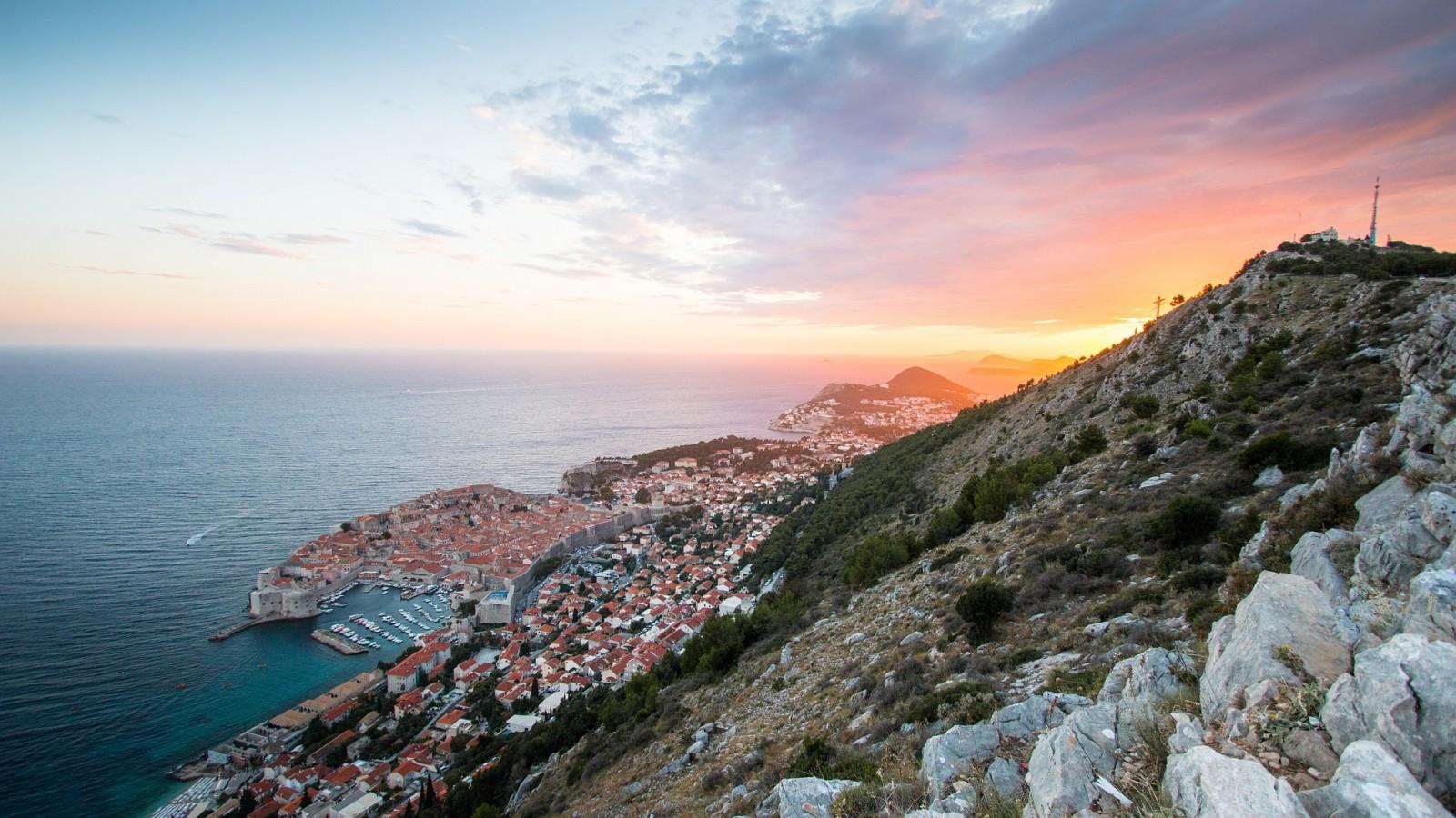 Grad Dubrovnik smanjuje komunalnu naknadu svim građanima za 15 posto
