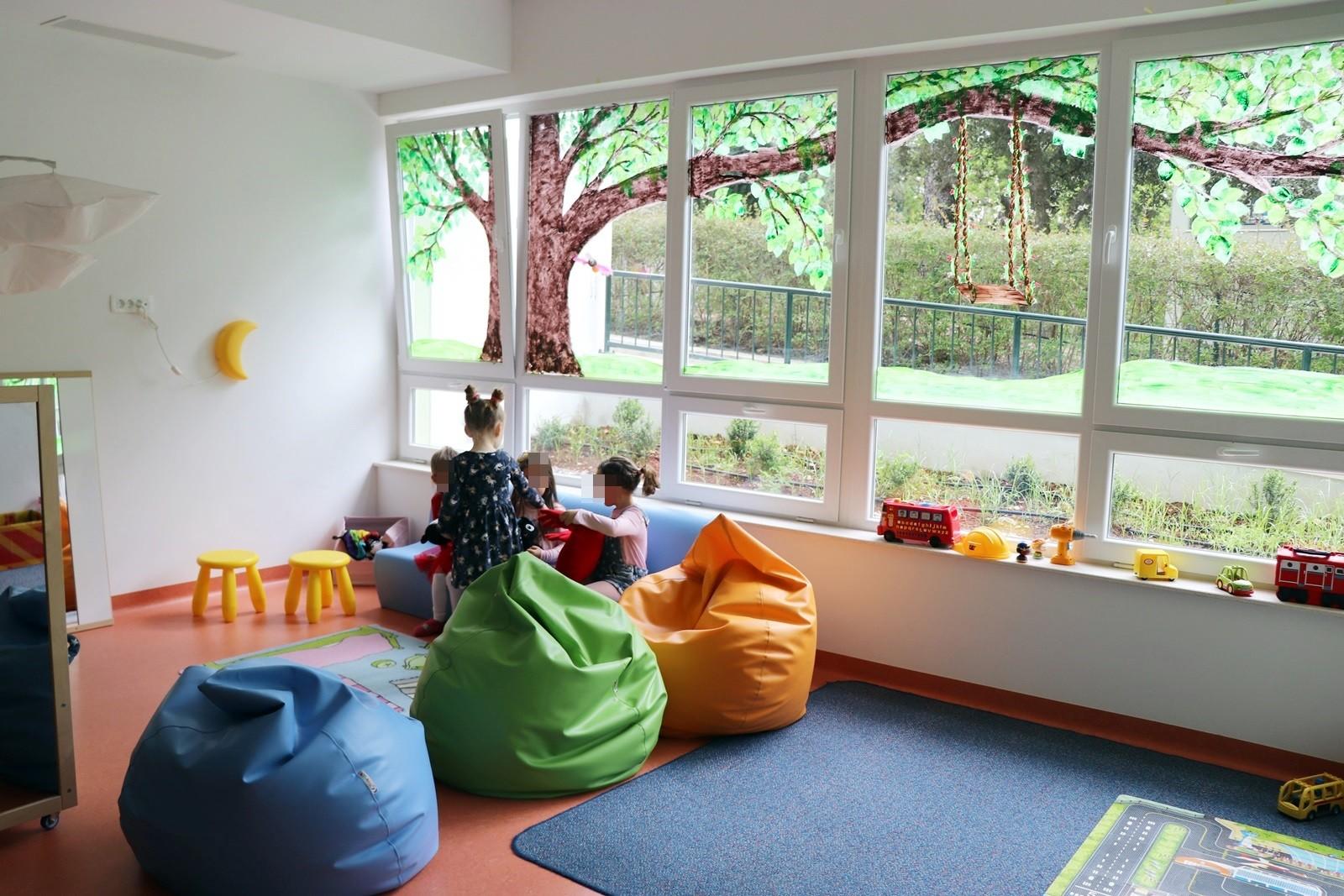 OGLAS za upis djece u dječje jaslice i vrtić u pedagošku 2020. /2021. godinu (početak rada jaslica - vrtića 1. rujna 2020.)