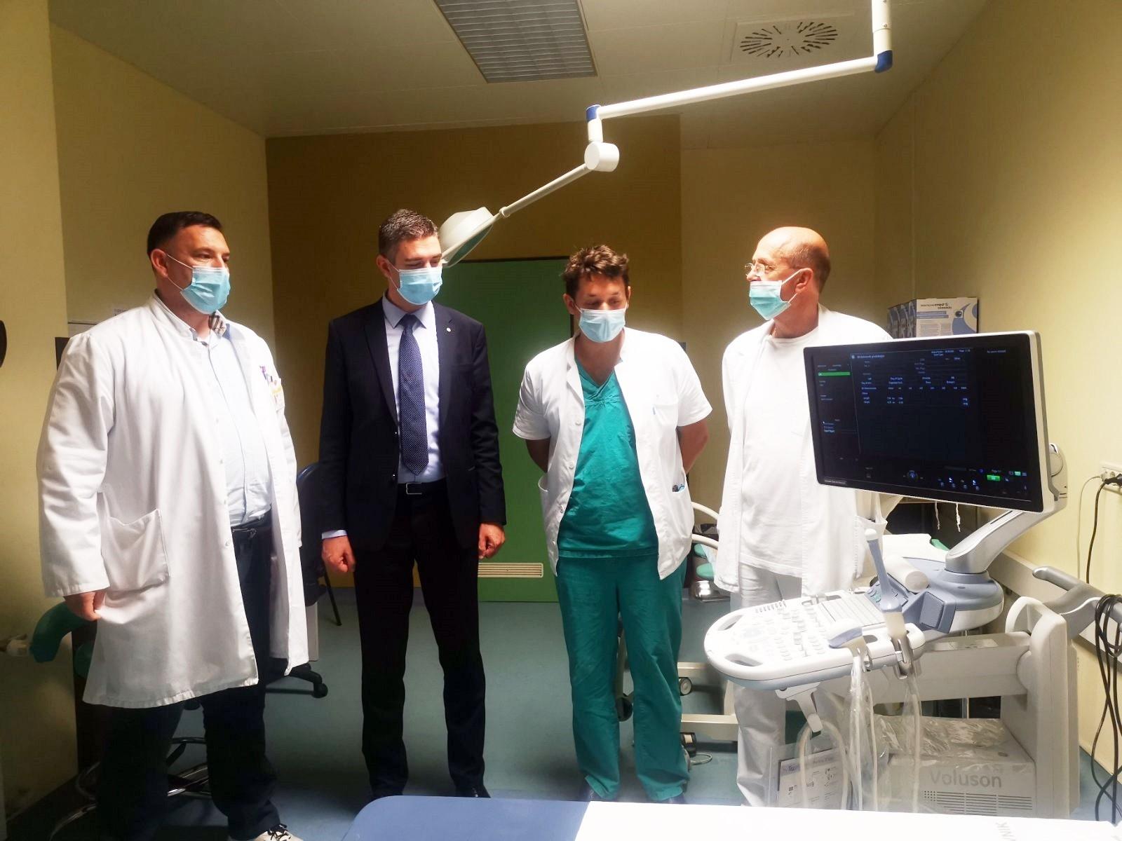 Grad Općoj bolnici donirao suvremeni ginekološki UZV uređaj, a Zaklada Blaga djela sustav za testiranje na COVID-19