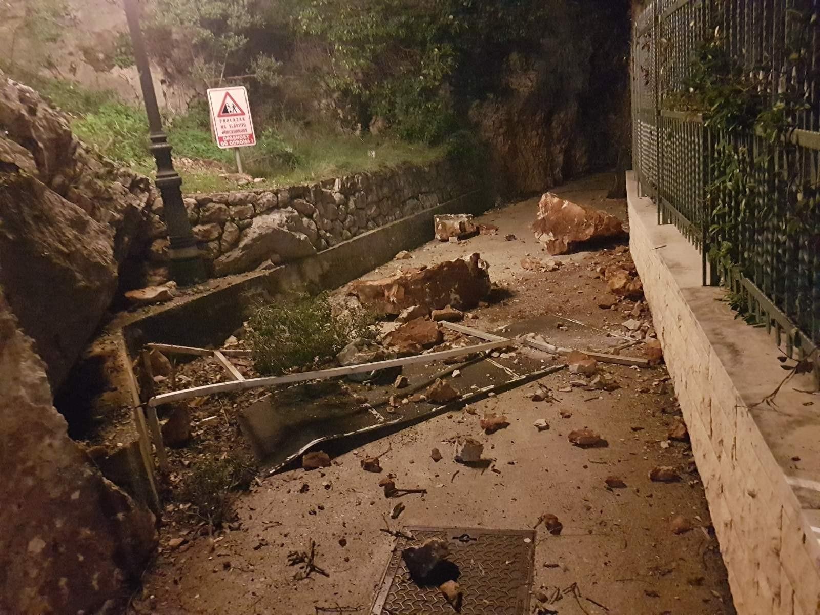 Grad Dubrovnik: Do odrona na šetnici došlo je jer su se vlasnici zemljišta oglušili na rješenje o sanaciji usjeka