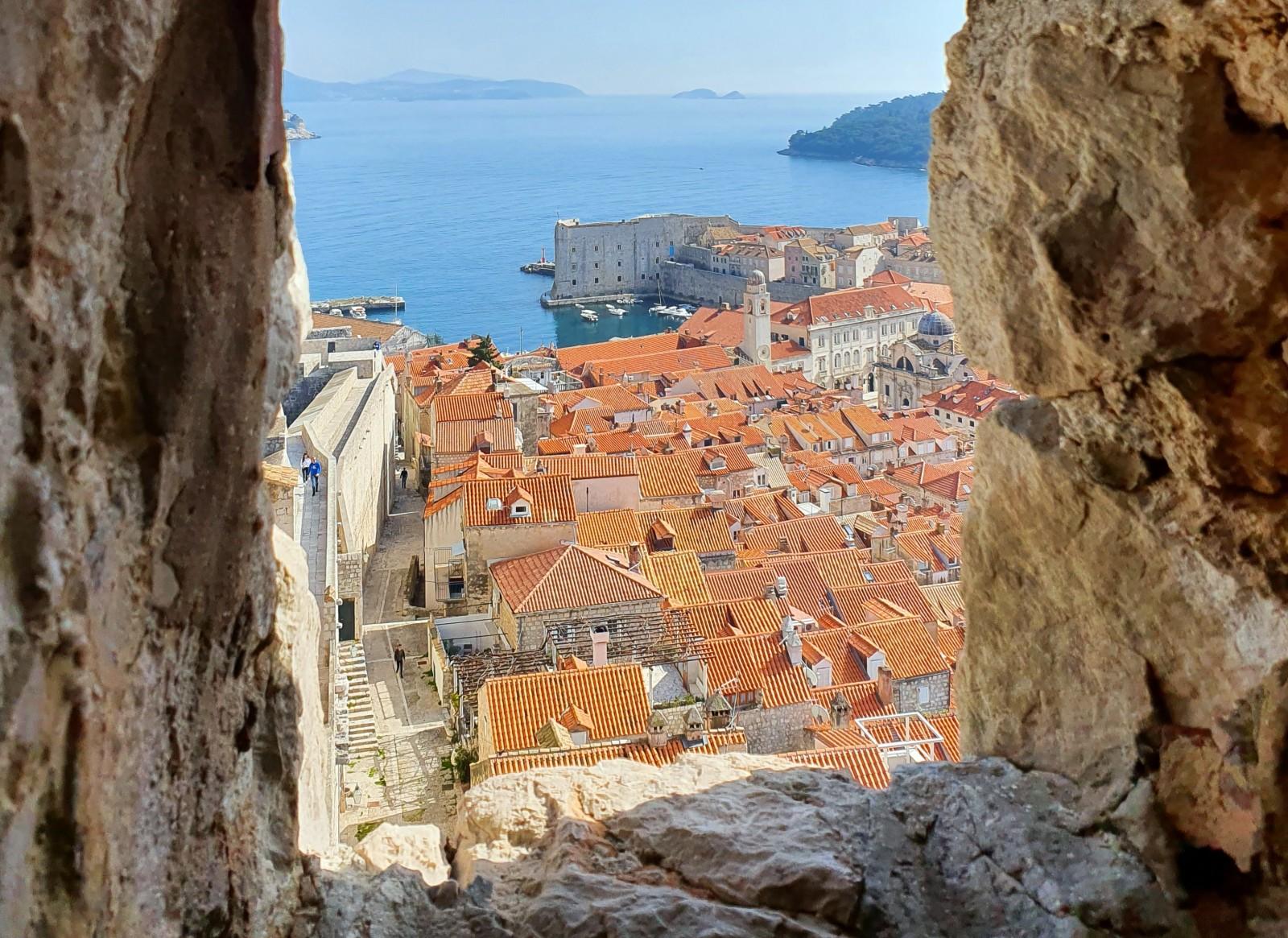 Britanski ministar gradonačelnika Frankovića upoznao s režimom reaktivacije turističkih putovanja s ovog tržišta