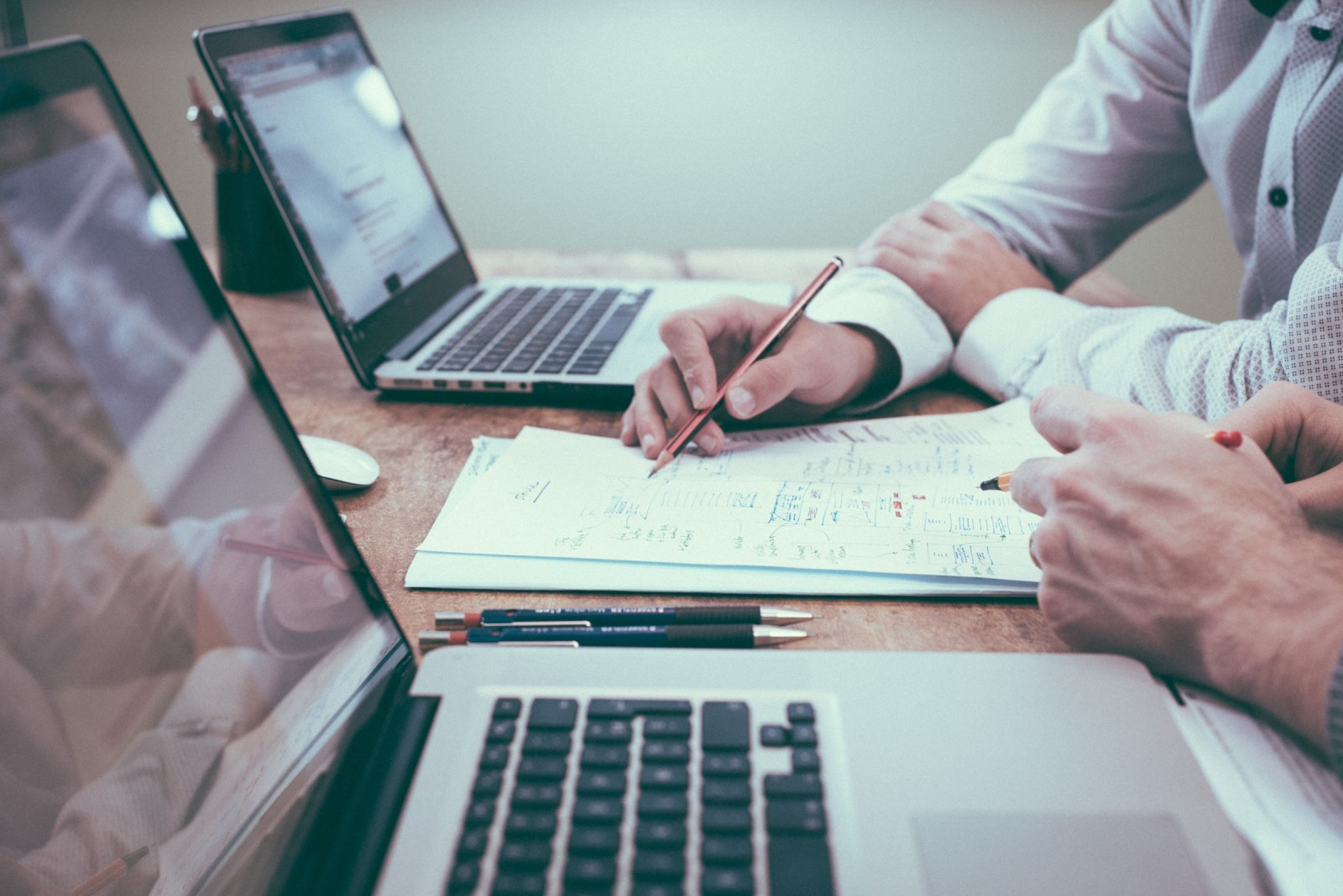 """Objavljen je Poziv na dostavu projektnih prijedloga """"Jačanje konkurentnosti poduzeća ulaganjima u digitalnu i zelenu tranziciju"""""""