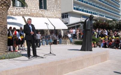 Blagoslovljen kip blaženog Pape Ivana Pavla II. u Gružu