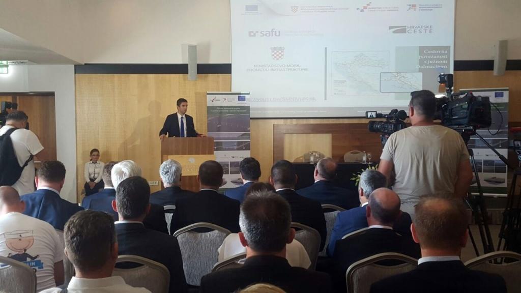 Gradonačelnik Franković na potpisivanju ugovora o izgradnji Pelješkog mosta