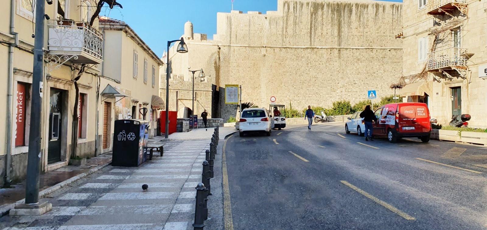 Uređuje se i širi pješački koridor od Vrata od Ploča do Lazareta