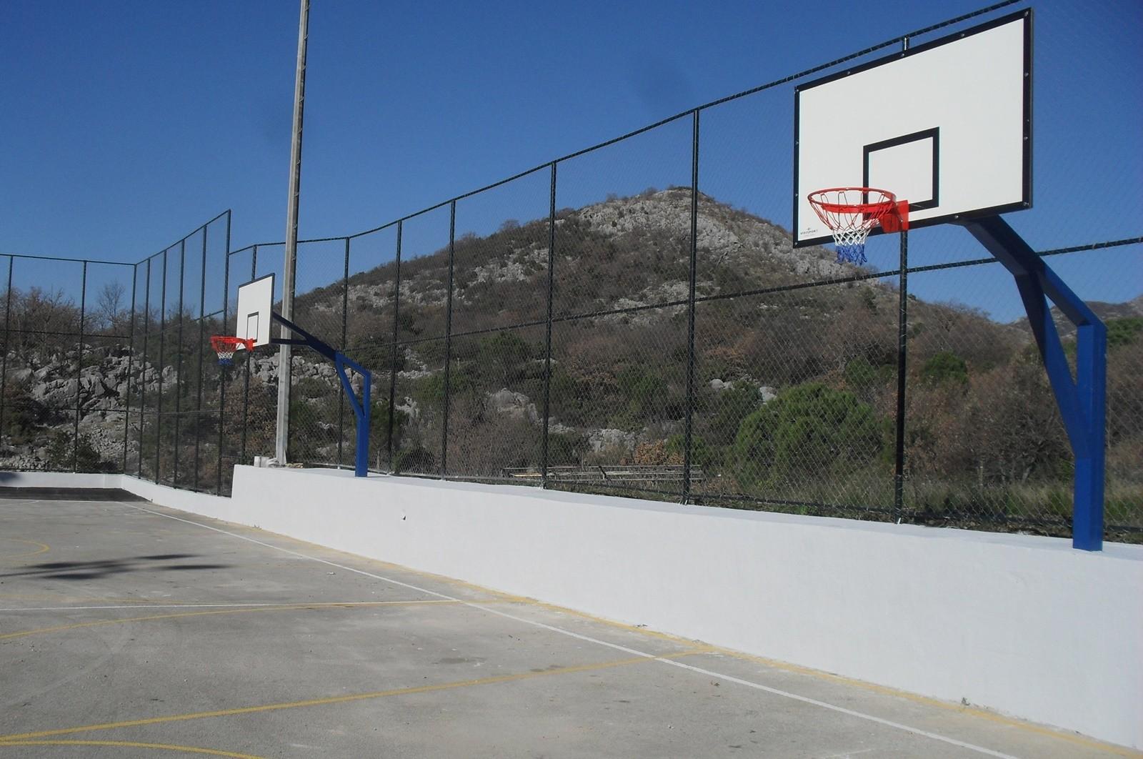 Obnovljen sportski teren na Gromači