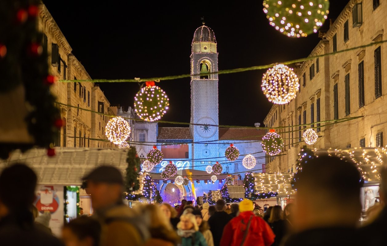 Raspisan natječaj za zakup kućica za vrijeme održavanja Dubrovačkog zimskog festivala
